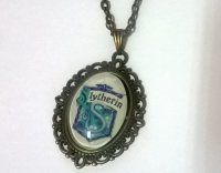 Медальон Harry Potter Slytherin 4х3 см.